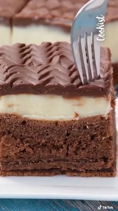 Easy Cake Recipes, Sweet Recipes, Baking Recipes, Snack Recipes, Dessert Recipes, Chocolate Cake Recipe Easy, Chocolate Recipes, Köstliche Desserts, No Bake Cake
