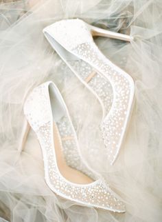 bridal shoes from Atlanta wedding inspiration styled shoot at the Cator Woolford Gardens Source by trendybride. bridal shoes from Atlanta wedding inspiration styled shoot at the Cator Woolford Gardens Source by trendybride. Wedding Boots, Wedding Heels, Wedding Bride, White Wedding Shoes, Unique Wedding Shoes, Dream Wedding, Ivory Wedding, Wedding Night, Luxury Wedding