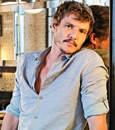 Pedro Pascal being too cute for words during EW's roundtable. Hot Actors, Actors & Actresses, Gorgeous Men, Beautiful People, Interesting Faces, Sebastian Stan, Mandalorian, Pretty Boys, Sexy Men
