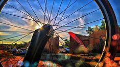 Hermosa la vida #mountainbiking #goals #braap #santacruz #livetoride #dirtjump #rampage #mountainbike #redbull #scott #devinci #giant #followme #like4like #love #amazing #mtn_bike_geek #roadbike #airplane #sworks #venge #low #cycle #aero #photoshoot #sramred #enjoymoment #trilife #triathlon #triathlontraining