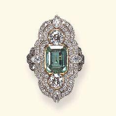 emerald and diamond ring. DREAM RING