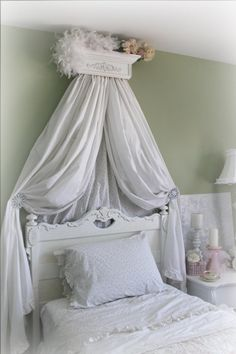 Beautiful White, Bed Crown with Decorative Scroll, Bed Canopy, Crib Crown, French, Cottage, Romantic, Shabby Chic