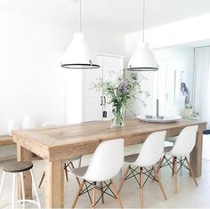 Pin: emmiellynne ⋆ ˚ ✦ ✫ Dining Table Design, Modern Dining Table, Dinning Table, Dining Area, Eames Dining Chair, Narrow Living Room, Minimalist Dining Room, Farmhouse Interior, Home And Deco