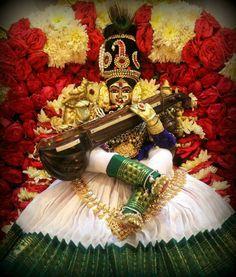 Saraswati Goddess, Shiva Shakti, Goddess Lakshmi, Durga Images, Ganesh Images, Hindu Deities, Hinduism, Hindu Wedding Ceremony, Navratri Images