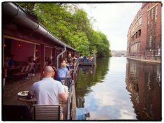 Willkommen im Freischwimmer Berlin! Restaurant und Cafe direkt an der Spree