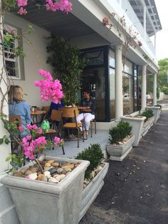 LOCALE │a local café with drinking, eating and diversión at its core. Cape Town, Drinking, Core, Eat, Plants, Drinks, Drink, Plant, Planting