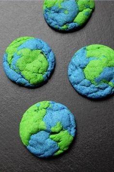 Earth Cookies — Love these for an outer space birthday party.Cookies