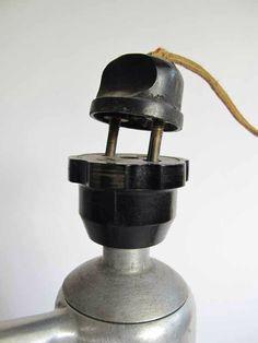 Kurioser und gefährlicher Stromanschluss einer Kaffeemaschine aus Italien - 1920er / 1930er Jahre (3/3)