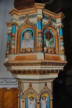 The pulpit... ('Zsolnay' porcelain) St. László Church - Budapest