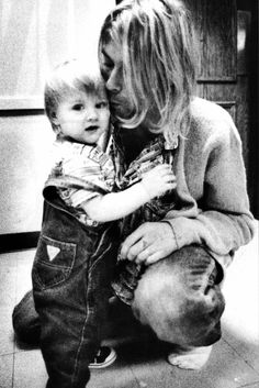Kurt cobain and his daughter.
