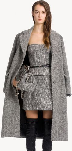 Autumn Winter Fashion, Fall Winter, Gown Skirt, 50 Shades Of Grey, Ermanno Scervino, Red Carpet, Runway, Bell Sleeve Top, Gowns