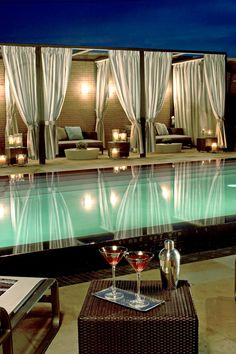 The Highland is a Dallas destination unto itself. Its outdoor infinity pool has a mini-Miami vibe, with private casitas for dining, drinking or even an outdoor massage. It also sports a state-of-the-art gym and the Exhale Spa, which offers a full menu of treatments along with yoga instructions #Jetsetter
