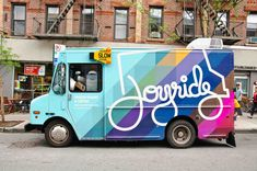 Joyride, NYC. This truck is know for serving up exceptional Stumptown coffee and yummy frozen yoghurt. What I love most is the eye-catching multicoloured branding.