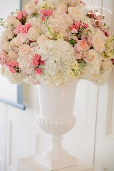 Light pink wedding centerpieces