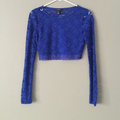 Lace Crop Top Worn once / excellent conditions Forever 21 Tops Crop Tops