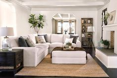 15 Modern Living Room Design Ideas to Upgrade your Home Style – My Life Spot Living Room Diy, Home Decor, Living Room Interior, House Interior, Coastal Living Rooms, Living Room Furniture Layout, Living Room Grey, Living Decor, Furniture Layout