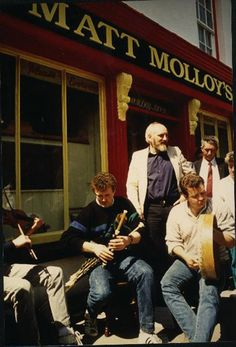 Matt Molloy's, Westport, Co. Mayo, Ireland - nice pub for music