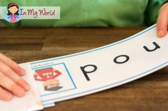 FREE Letter N Word Slider Cards. A fun way to get young readers to actually sound out each letter instead of guessing the word!