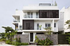 architecture Go Vap House Modern Family Home Adapted to a Tropical Environment in Vietnam