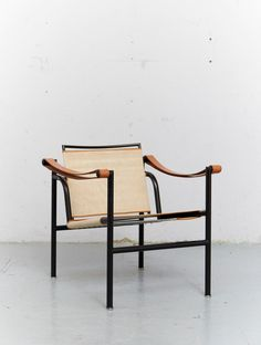 Le Corbusier, Pierre Jeanneret & Charlotte Perriand Clubsessel LC1 für Cassina | eBay