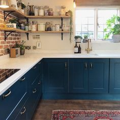 We love how has used a rich teal colour on our Chelford paintable kitchen to create a bold look. Colorful Kitchen Decor, Kitchen Colors, Home Decor Kitchen, Rustic Kitchen, Interior Design Kitchen, Country Kitchen, New Kitchen, Shaker Kitchen, Teal Kitchen Cabinets