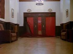 How striking scenes from 'The Shining,' 'The Wicker Man,' 'The Exorcist,' and other iconic horror movies make an indelible mark on us. Dental Humor, Dental Hygiene, Dental Assistant, Facts About Ramadan, 1980s Films, Cinema Tv, Classic Horror Movies, Horror Films, The Exorcist