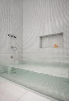 14 brillantes ideas de #diseños_de_baños #bathroom #bath #bathroom_design #lavabo #See_Through_Bathtub