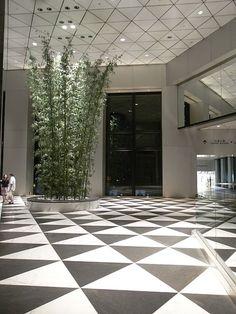:HK Central night 中匯大廈 Central Tower lift lobby hall floor tile pattern…