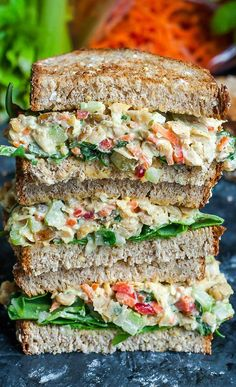 This tasty Garden Veggie Chickpea Salad Sandwich is a plant-based powerhouse of a lunch! Make it in advance for a party or picnic or to take along as an easy weekday lunch for work or school. Salat Sandwich, Chickpea Salad Sandwich, Veggie Sandwich, Sandwich Ideas, Gourmet Sandwiches, Healthy Sandwiches, Vegetarian Sandwiches, Sandwiches For Work, Gluten Free Sandwiches