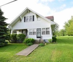SOLD! 2641 E CR 800 N, Eaton. Need help getting your home sold? Contact Rebekah Hanna @ RE/MAX