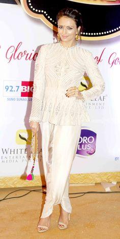 Roshni Chopra at Gold Awards 2015