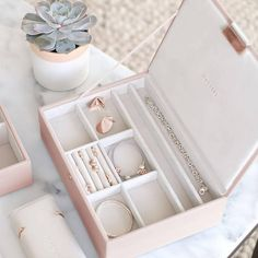 Stackers Blush Classic Premium Stackable Jewelry Box