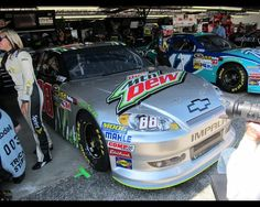 Dale Jr car for diet Mtn Dew at Darlington