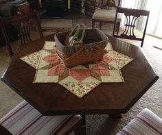 As promised from my previous post, today I'm going to teach you how to turn a Swoon block into a table topper. The Swoon quilt block comes from the pattern, Swoon, by Thimble Blossoms. Each block fin