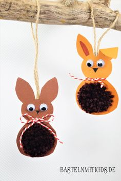 Easter bunnies tinker with children and toddlers - crafting kids - Easter bunnies tinker with children Informations About Osterhasen basteln mit Kindern und Kleinkinde - Easter Crafts For Kids, Toddler Crafts, Preschool Crafts, Diy For Kids, Easter Ideas, Diy And Crafts, Arts And Crafts, Burlap Flowers, Easter Bunny