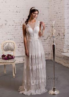4092f54e5bf0 Rovné svadobné šaty Aywa z kolekcie LUMINOUS značky InesGeorg® sú z ľahkého  materiálu