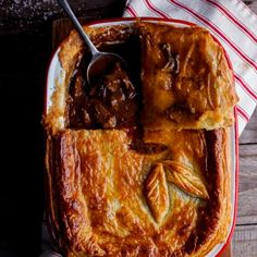 Steak and mushroom pot pie. Is there anything better than a pot pie? Succulent steak and mushrooms in an aromatic gravy topped with a sheet of crisp pastry. Beef And Mushroom Pie, Steak And Mushrooms, Stuffed Mushrooms, Mini Pot Pies, Beef Recipes, Cooking Recipes, Recipies, Savory Tart, Savoury Pies
