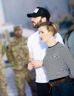 Chris Evans & Scarlett Johansson #GOALS