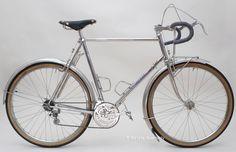 http://www.bikequarterly.com/images/jan_herse_full.jpg
