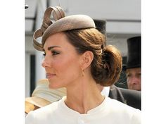 Get a Chignon à la Kate Middleton http://blog.birchbox.com/post/37843569534/get-a-chignon-a-la-kate-middleton