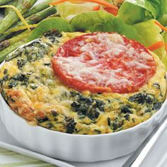 Crustless Spinach Quiche: Diabetes Forecast Magazine- count carbs for one cup or of large quiche High Protein Recipes, Low Carb Recipes, Cooking Recipes, Healthy Recipes, Diabetic Recipes, Pureed Recipes, Atkins Recipes, Pureed Food, Diabetic Menu