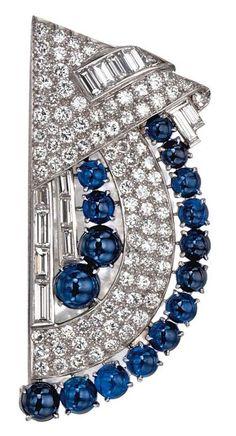 An Art Deco sapphire and diamond brooch, circa 1925.