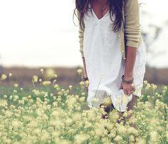beautiful dress + wildflowers