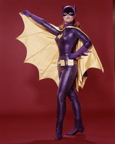 YVONNE CRAIG - BATGIRL - TV SHOW PHOTO #191