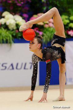 Arina Charopa (Belarus) /Corbeil-Essonnes 2014 / Ball apparatus / rhythmic gymnastic