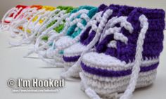 free crochet pattern, high top baby booties, converse