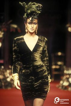 39 Sphinge Christian Dior, Autumn-Winter 1994, Couture   Christian Dior Christian Dior, Autumn-Winter 1994, Couture   Christian Dior