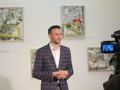 Interviu Adrian Buga Gallery Wall, Button Down Shirt, Men Casual, Mens Tops, Shirts, Home Decor, Pallet, Buga, Dress Shirt