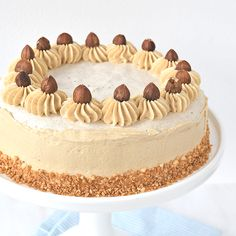 You searched for Hazelnoot taart - Laura's Bakery Pastel, Cake Cookies, Cupcakes, High Tea, Fun Desserts, Tiramisu, Sweet Tooth, Bakery, Sweets