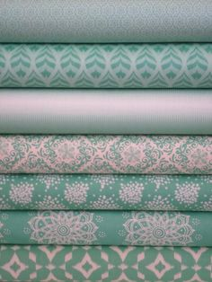 FABRIC WORM - great bulk fabric website!! [Camelot Cottons, Mint to Be, Mint in FAT QUARTERS 7 Total]